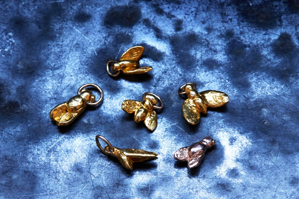 _Egyptian_Flies_set_of_6,Solid_14kGold(underbelly)