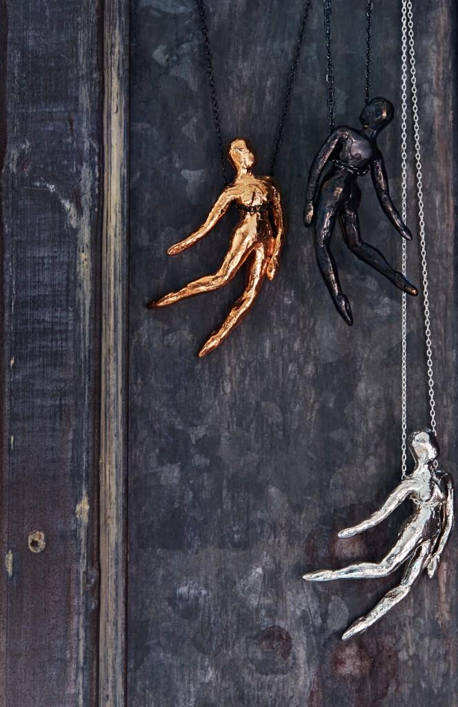 _Falling_Angel_Pendant_Bronze,Bronze_w_Blk_Patina,SS