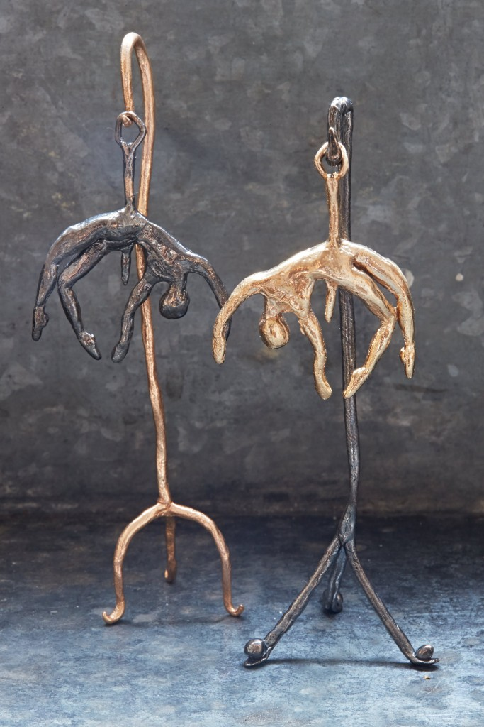_Spike_Pendant_Bronze,Bronze_w_blk_Patina
